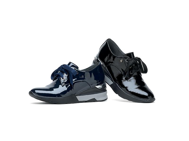 Découvrez les sneakers & baskets Fugitive - modèle VICKYV